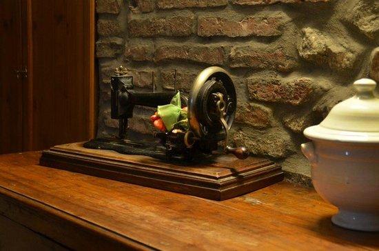 La casa di Adelina Charming House: Un dettaglio della camera da letto