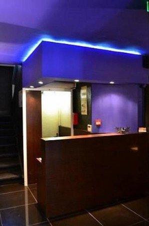 Corona Hotel: reception