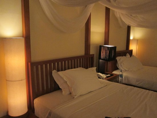 Turi Beach Resort: comforted bed