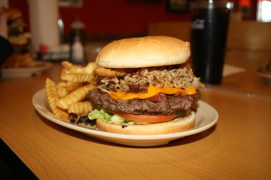 Clint's Smokey Mountain Barbeque: The famous Clint Burger. Mmm Good