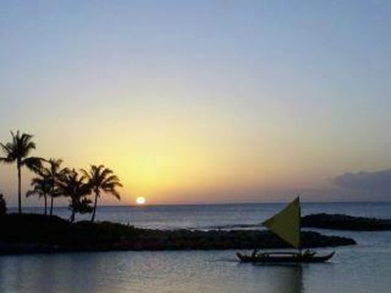 Hawaiian Ocean Adventures: Sunset at Ko Olina