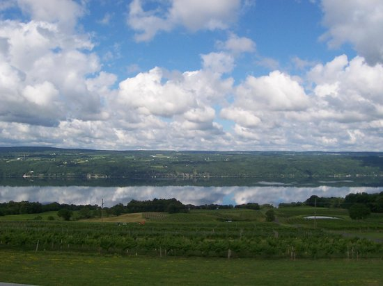 Atwater Estate Vineyards: Clouds reflected on Seneca Lake