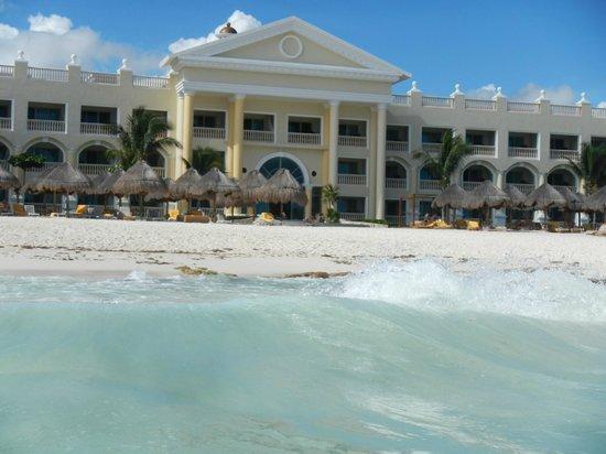 Iberostar Grand Hotel Paraiso: nuestra habitación 7140 desde el mar