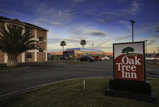 Oak Tree Hotel Yermo Ca