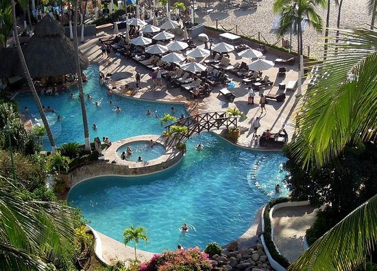 Hyatt Ziva Puerto Vallarta:                   MAIN POOL AREA