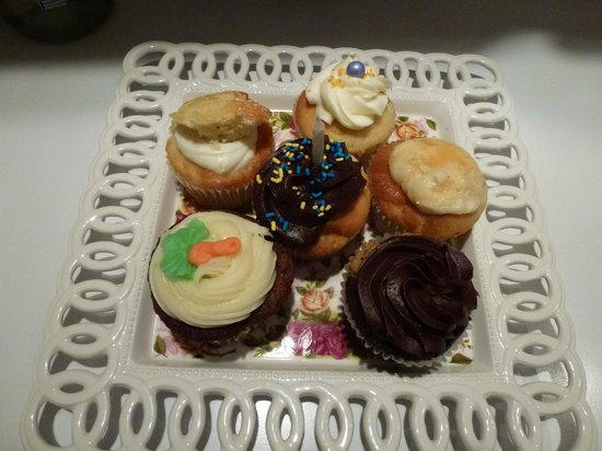 Our cupcakes from Cake Break