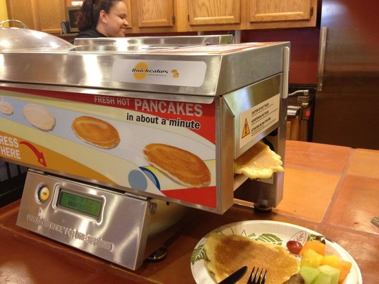 Best Western Plus Inn of Sedona: That wonderful pancake maker!