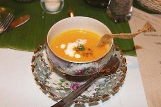 Cafe Juanita: Carrot, Coconut & Ginger Soup