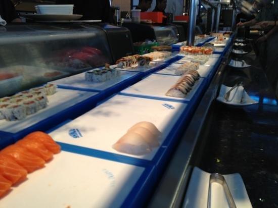Shinju Japanese Buffet: Lunch time.