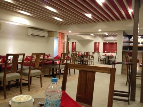 Velacity - Luxury Serviced Apartments: Restaurant