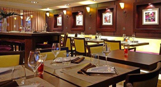Residence La Reserve : Restaurant