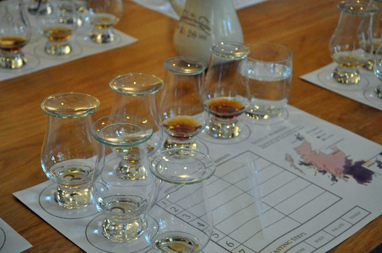 The GlenDronach Distillery: Filld glasses when back from the tour