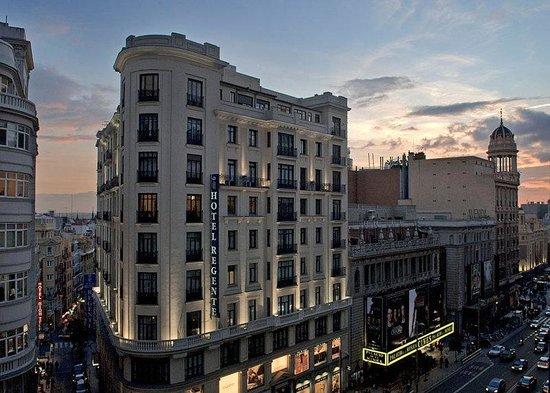 Regente Hotel: Hotel Exterior
