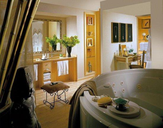 Alva Park Costa Brava: Grand Deluxe Suite Bathroom