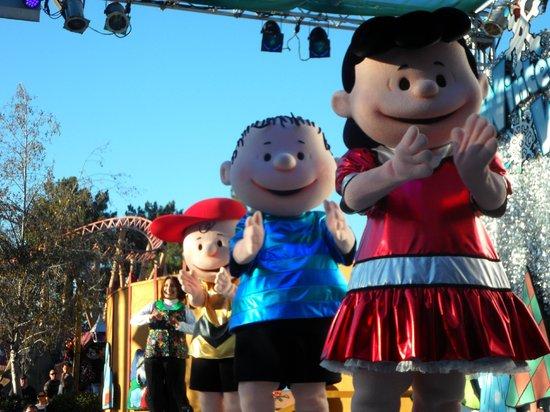 Knott's Soak City U.S.A.: Peanuts show