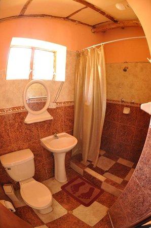 Full Moon Lodge:                   Banheiro