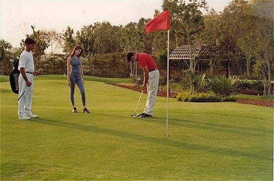 The Uppal Hotel - an Ecotel Hotel: Golf