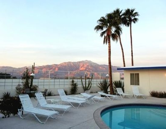 Living Waters Clothing-optional Spa:                   There is a spectacular view of Mt San Jacinto from the courtyard-- sunrise is