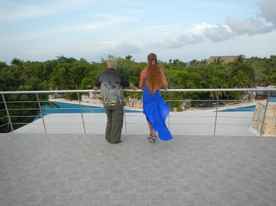 Grand Sirenis Riviera Maya Resort & Spa:                   roof top view , wish you were here