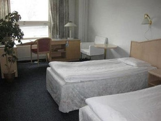 Hotel Avion: twin room