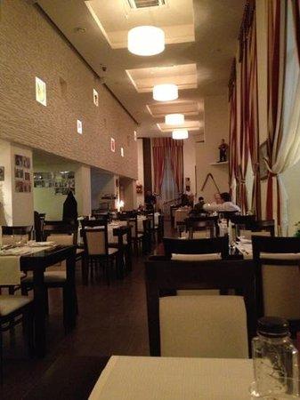 Europa Royale Bucharest:                   ресторан