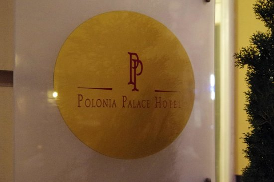 Polonia Palace Hotel: Enseigne