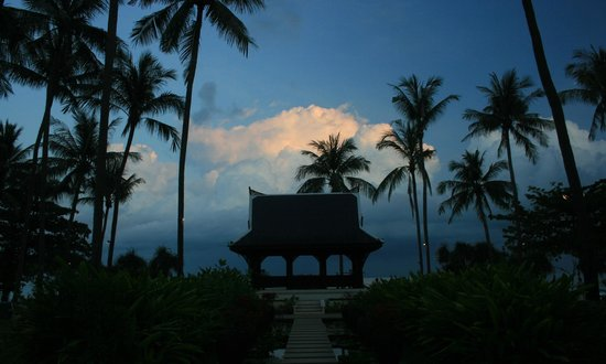 Centara Grand Beach Resort Samui:                   Sunset