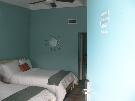 New Yorker Boutique Hotel: room