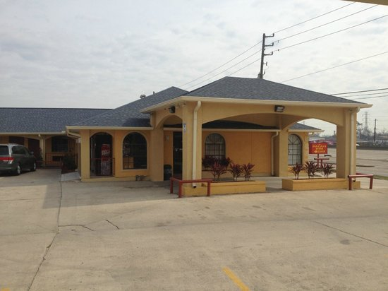 Palace Inn - Channelview: Exterior