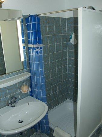 Ruthmann Hotel: Zweibettzimmer Rheinseite Dusche