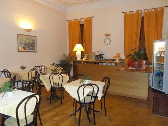 Hotel Leopolda: angolo per la colazione