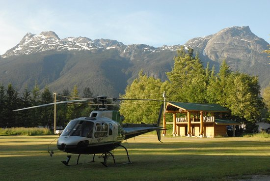 Bella Coola Grizzly Tours Inc.: View to the East from Cabin.