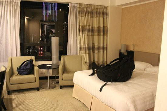 Gloucester Luk Kwok Hong Kong: Our Room