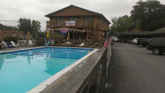 Marshalls Creek, PA: Pool Area