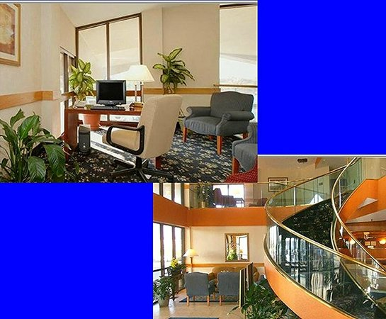 Quality Inn: Business Center and lobby
