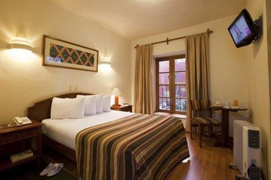 San Agustin International Hotel: Guest Room