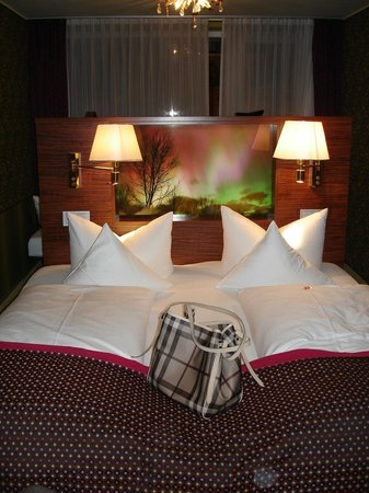 Hotel Sonne: our bed