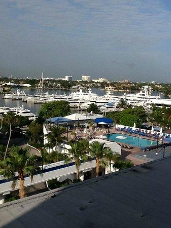 Bahia Mar Fort Lauderdale Beach - a Doubletree by Hilton Hotel: vista a los muelles