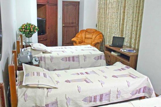 Hotel Fontibon : Habitación Multiple