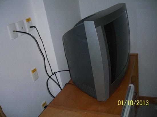 Vila Gale Salvador: Television obsoleta