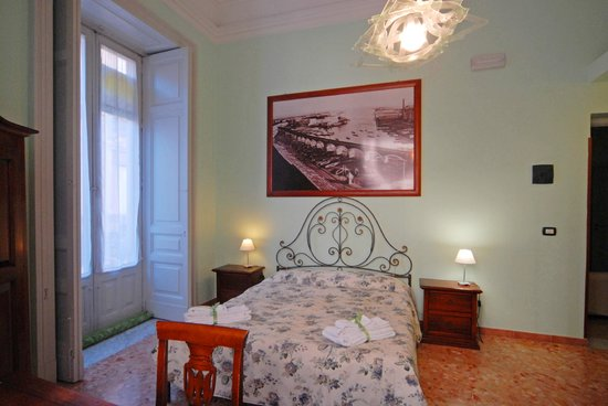 Picone Bed Breakfast: Camera Verde La Marina