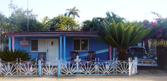 Villa Haydee Guzman Chiroles