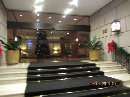 L'Hotel PortoBay Sao Paulo: Aufgang