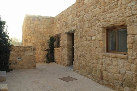 Beit Zaman:                   rooms