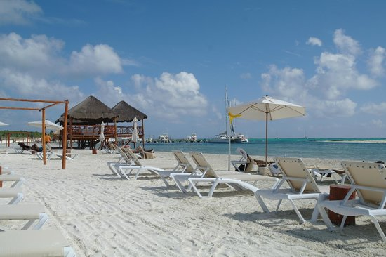 El Dorado Maroma, a Beachfront Resort, by Karisma: spiaggia