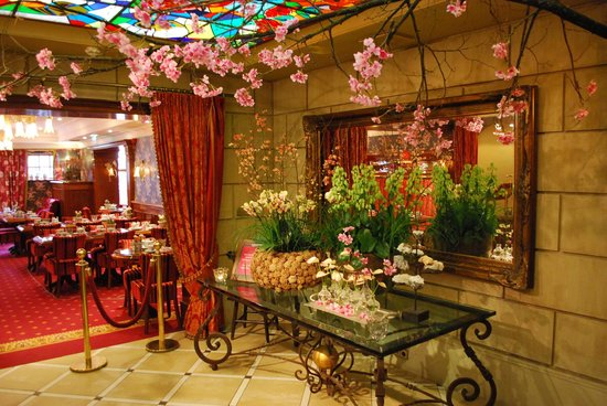 Hotel Estherea :                   Hall