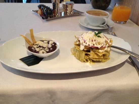 Las Alcobas Mexico DF: delicious chilaquiles