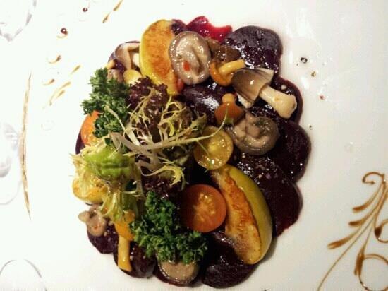 Parkhotel Heidehof: carpacio von roter beete
