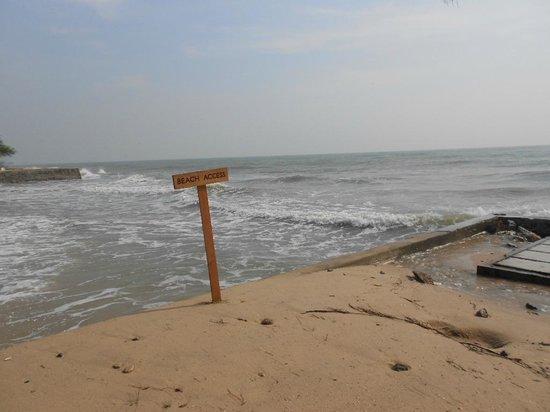 SO Sofitel Hua Hin: beach access restricted