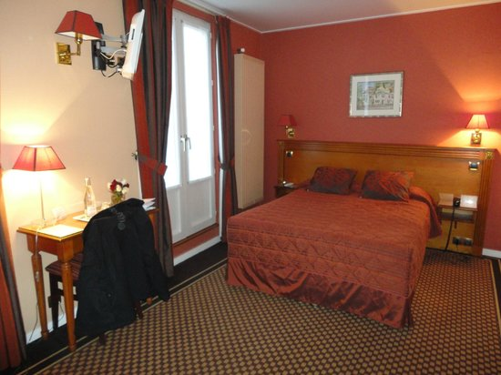 Hotel des Arts - Montmartre: Bedroom
